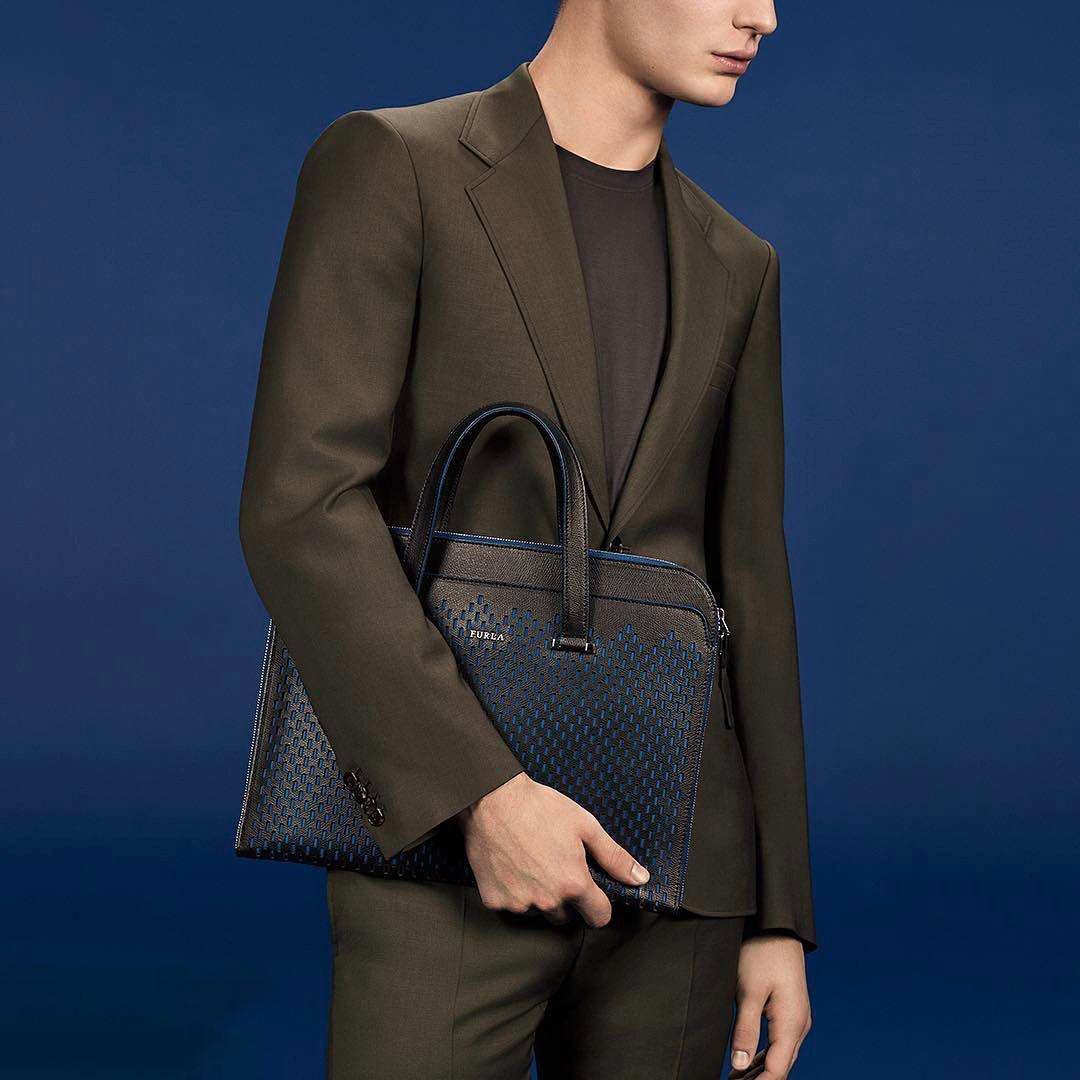 Мужские брендовые сумки: обновление коллекций 2017