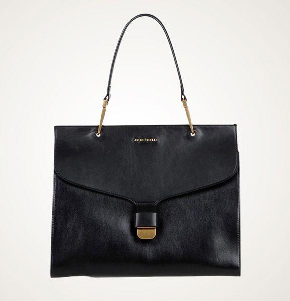 Строгое очарование сумок в стиле неоклассика