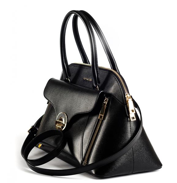 Магия черного в женских сумках